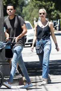 42D1688A00000578-0-Mix_and_match_Actor_Evan_28_was_dressed_in_a_black_t_shirt_and_b-m-39_1501476031149.jpg
