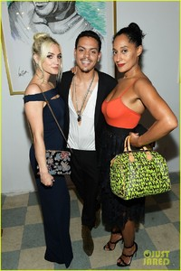 ashlee-simpson-evan-ross-make-art-with-a-cause-charity-event-a-family-affair-01.jpg